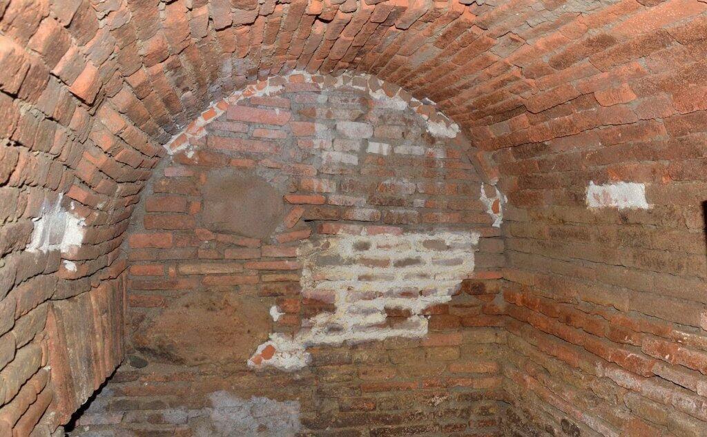 Sotterraneo medioevale sotto il Monastero di santa Chiara